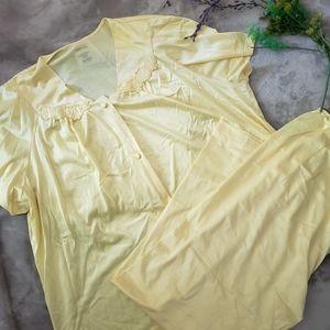 Vanity Fair yellow satin pajamas. Size Large